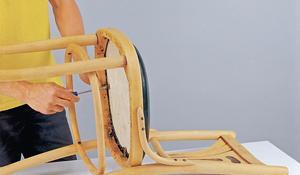 KROK XV - Przykręcanie siedziska